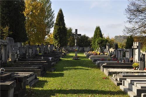 cemetery centerville pioneer